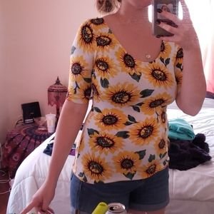 Sunflower stretcy top